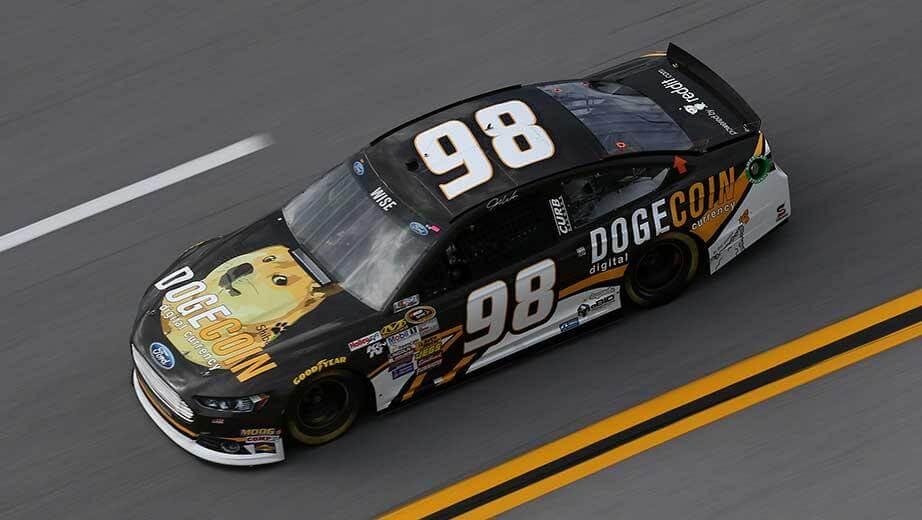 NASCAR in Dogecoin thema